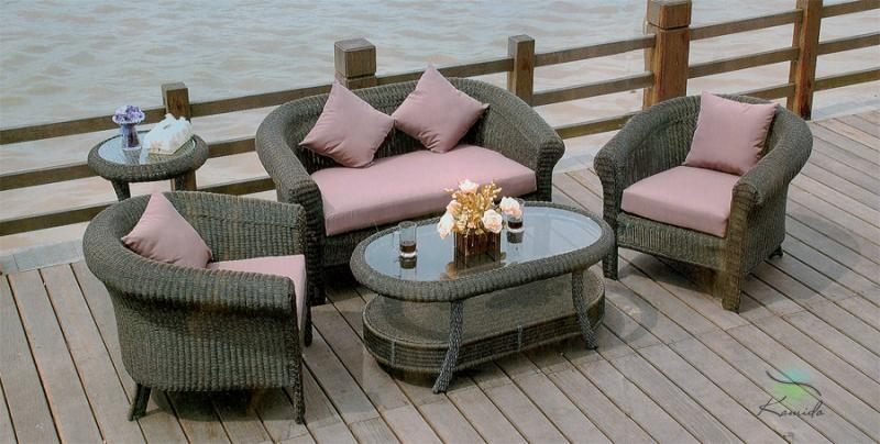 Кресла и диваны для дачи